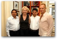 Pablo Fajardo, the lead Ecuadorian Lawyer in the case against Chevron (formerly Texaco) and Luis Yanza of the Frente de Defensa de la Amazonia met with Sting and Trudie Styler during the Live Earth Concerts on July 7 in New York  -> Click to enlarge